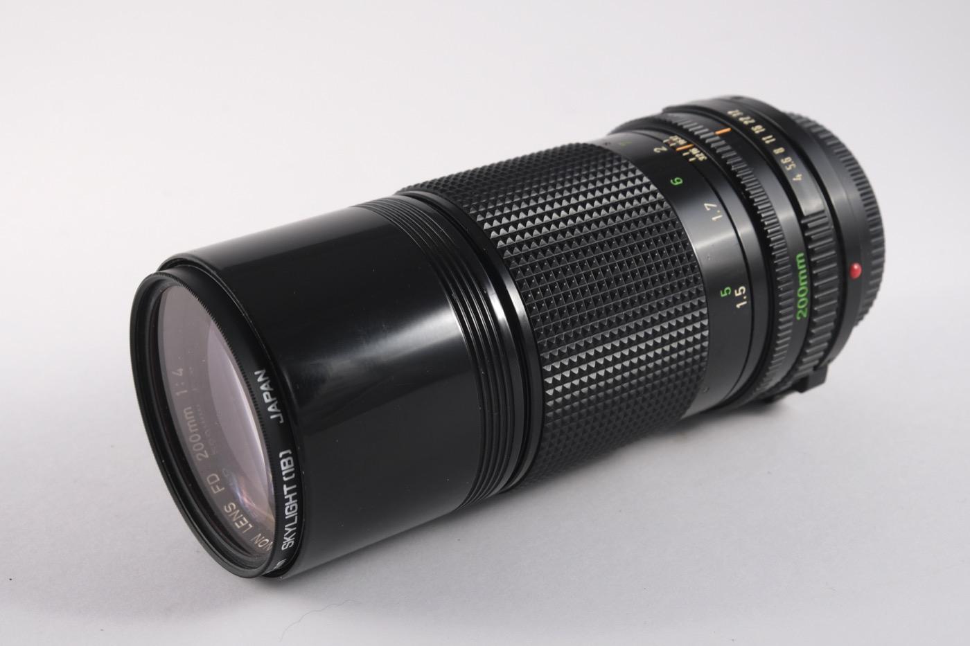 Canon 200mm f/4 lens