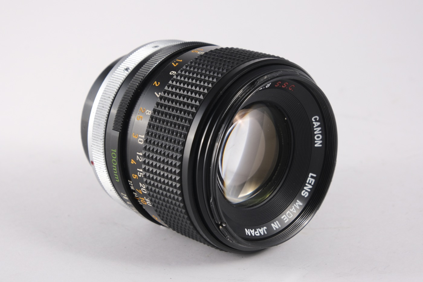 Canon 100mm f/2.8 lens